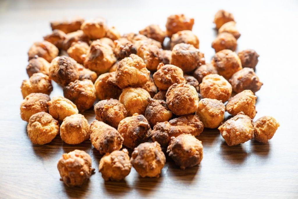 Kokos-Käse-Kugeln für Hunde